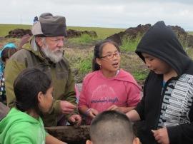 Rick & kids screening for lost treasures